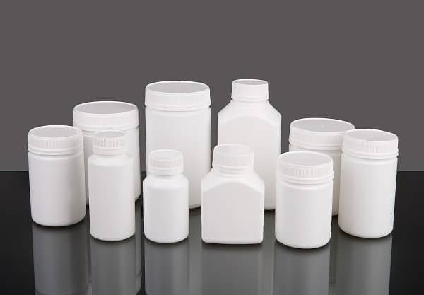 vitamins bottles packaging